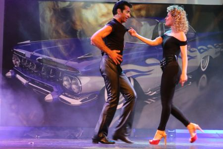 "40° Grease: ""Lele Dinero Show"""